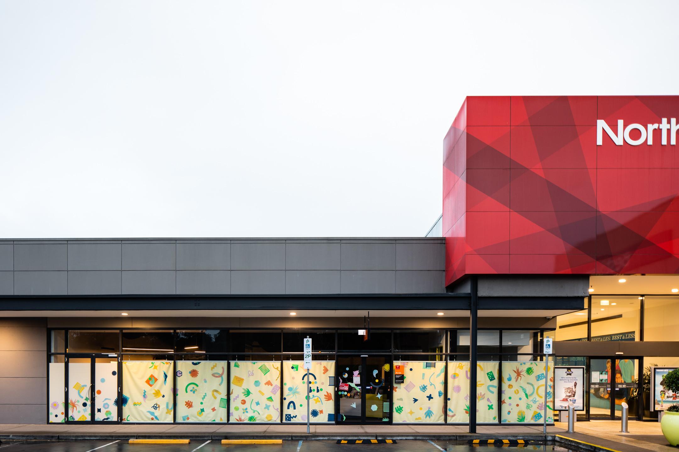 public-journal-the-hub-windows-1
